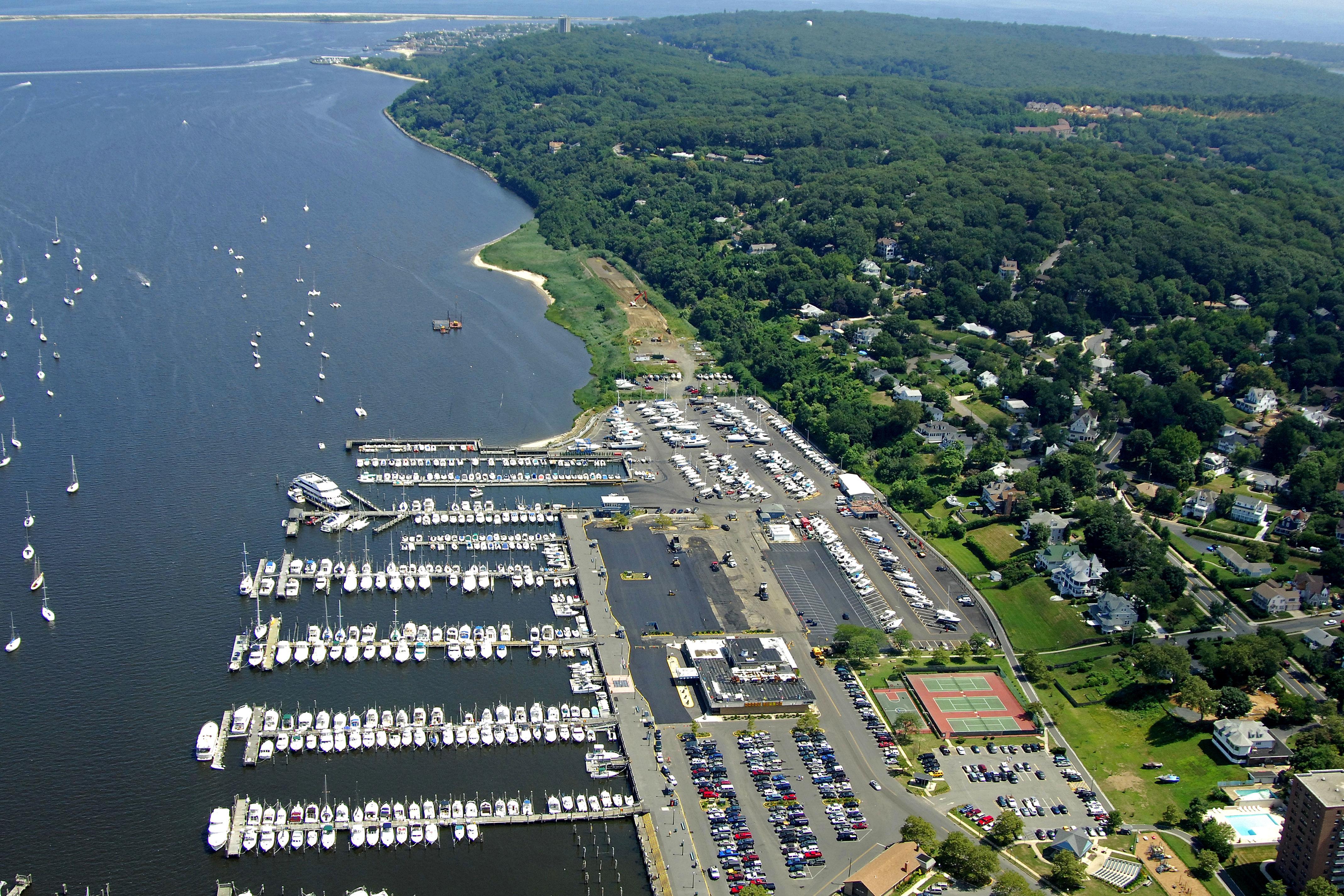 Atlantic Highlands Municipal Harbor in Atlantic Highlands ...