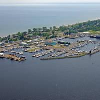 Lakehead Boat Basin
