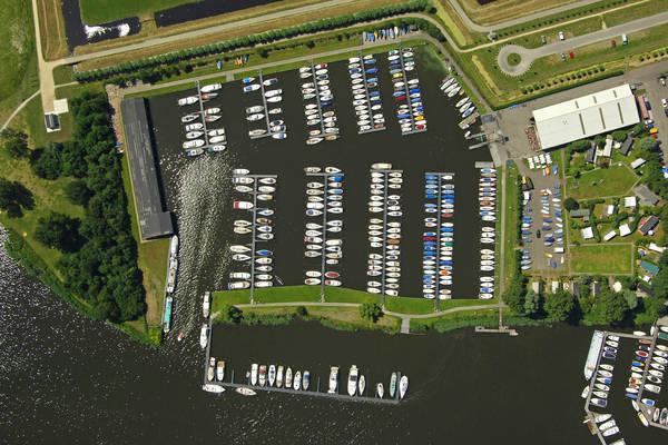 Alkmaarse Yacht Harbour
