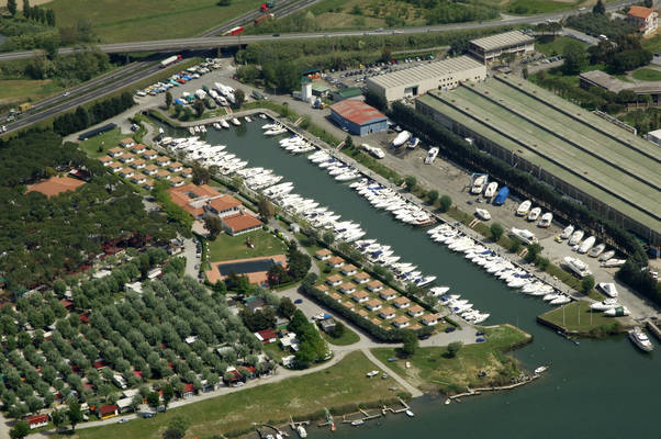Iron Gate Marina 3B
