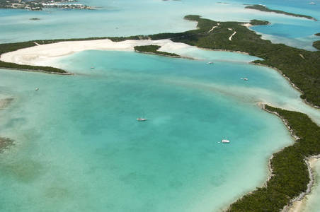 Little Crab Cay South Anchorage