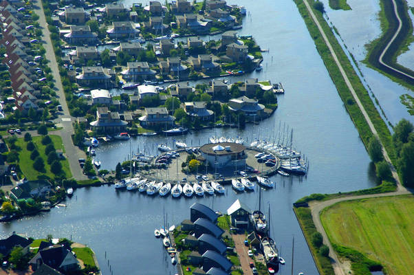 De Brekken Yacht Harbour
