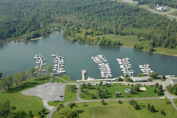 Crysler Park Marina