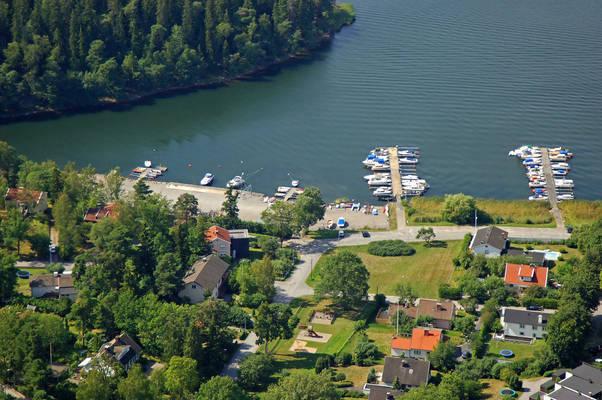 Borgenviken Smaabaatshamn Marina