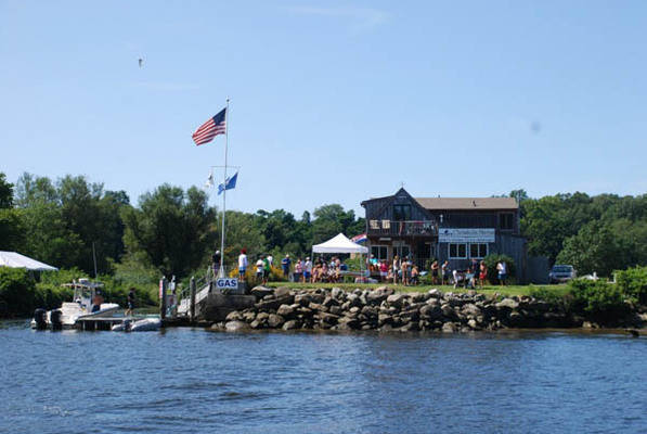 Chrisholm Marina