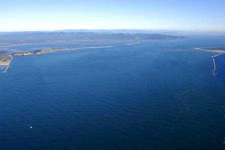Columbia River Inlet