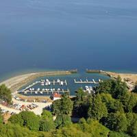 Hat Island Yacht Club