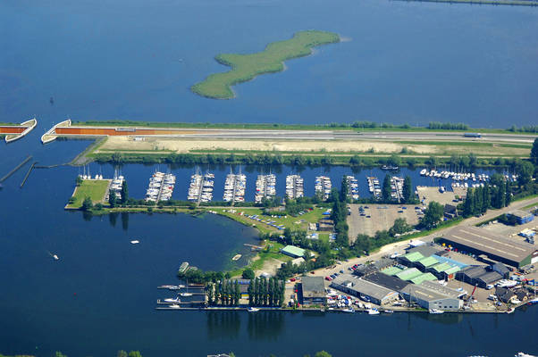 Yacht Harbor De Knar