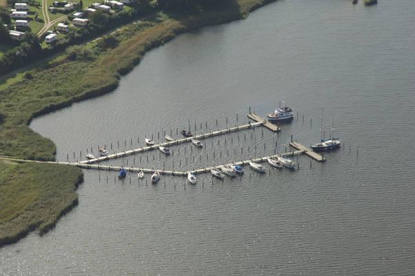 Süderholzstrausse Marina