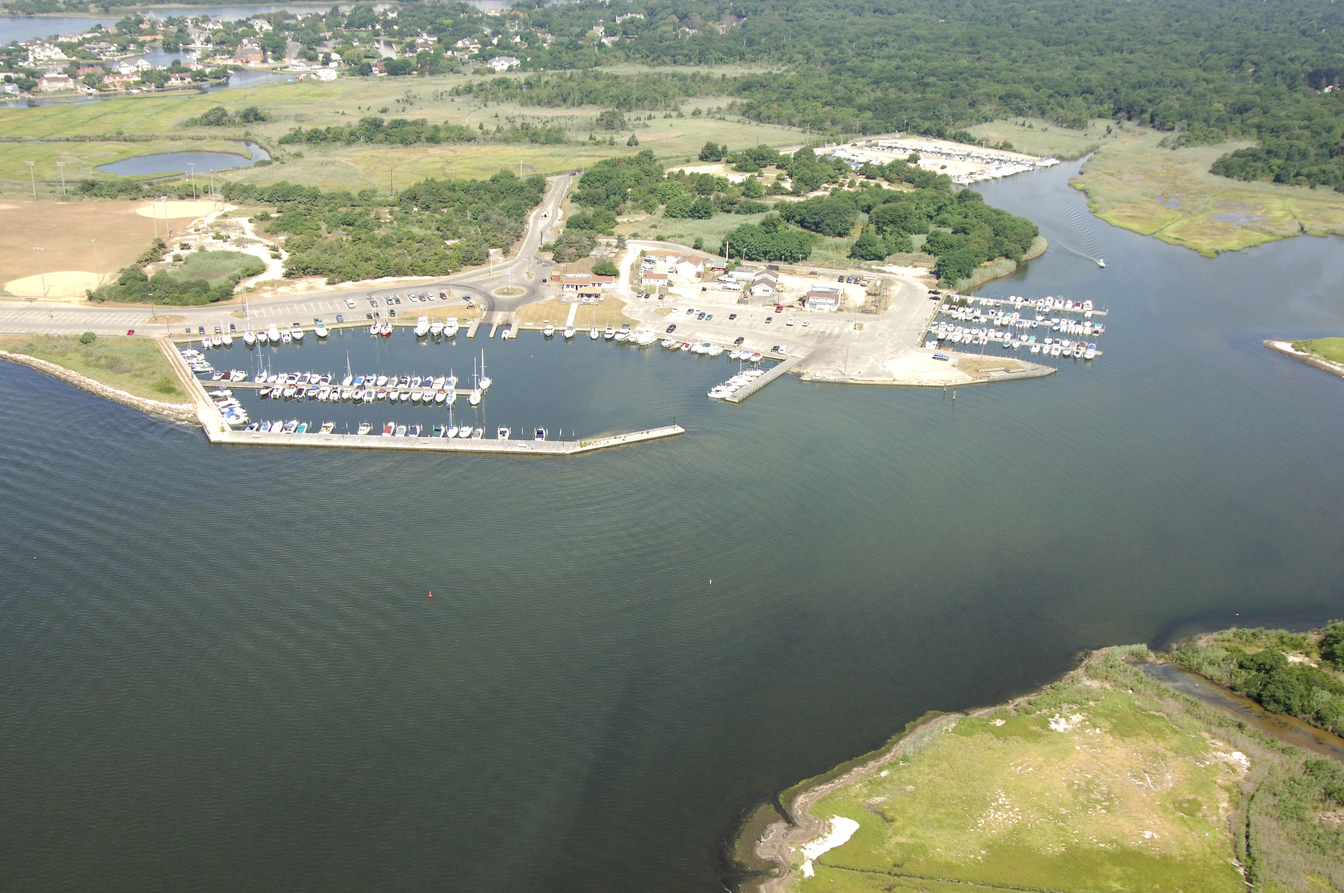 Islip bay marinas docks in east islip ny united states for 7 eleven islip terrace