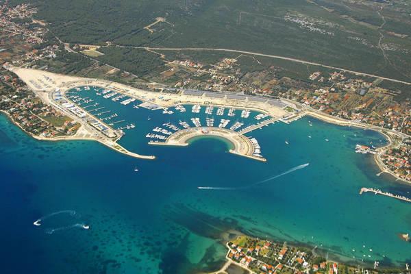 Marina Dalmacija Harbour