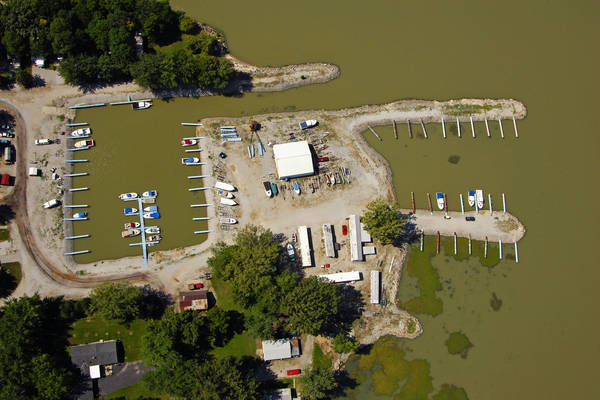 Portage River Marina Camp