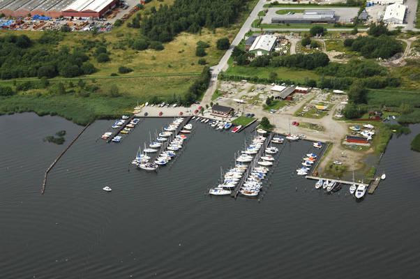 Dronningborg Yacht Harbor