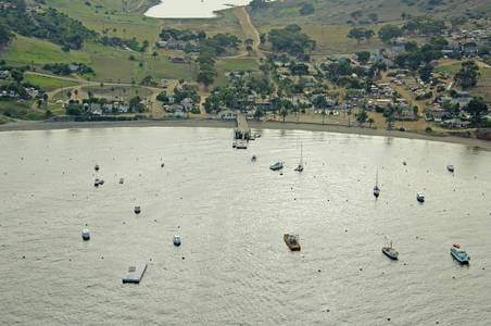 Isthmus Harbor Department