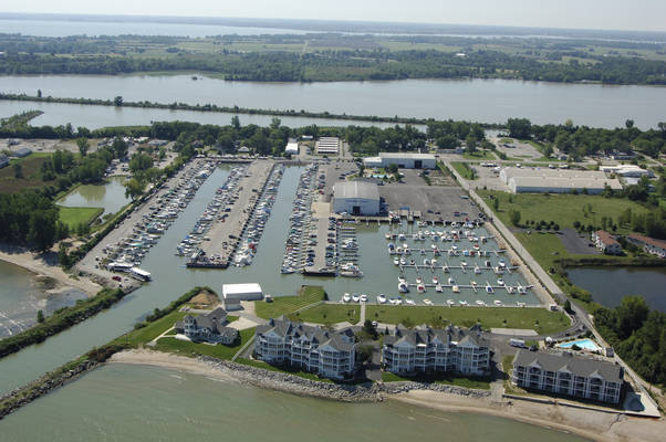 Safe Harbor | Lakefront Marina