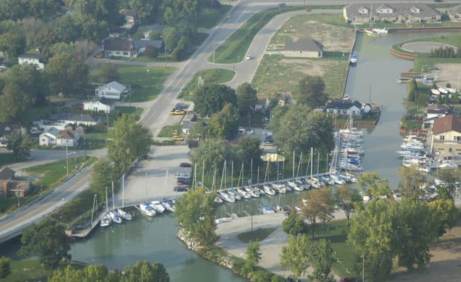 Cedar Island Yacht Club