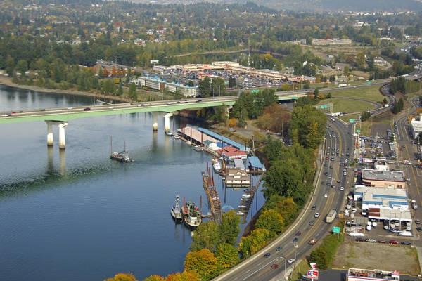 Sportcraft Landing Moorages In Oregon City Or United