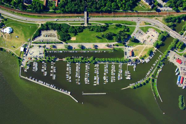 Vaesteraas Gaesthamn Marina