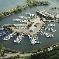 Cathedral Bluffs Yacht Club