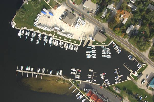 Pentwater Pointe Marina