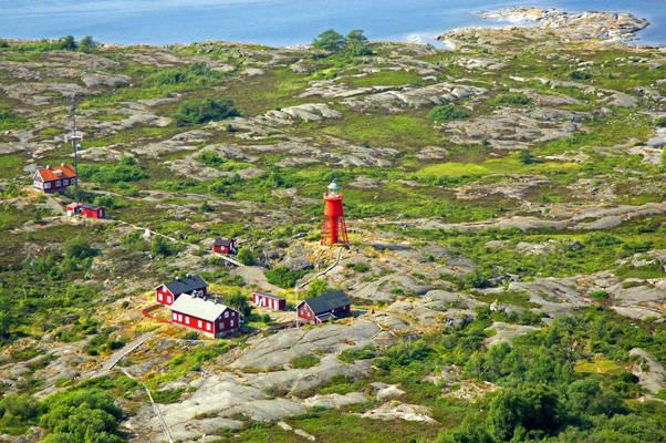 Svenska Hoegarnas Lighthouse