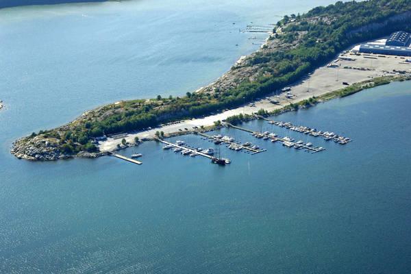 Vallhamn Marina
