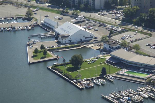 Royal Hamilton Yacht Club