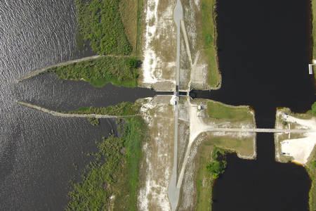 Henry Creek Lock