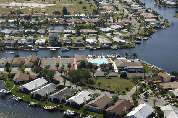 Gulf Harbors Yacht Club