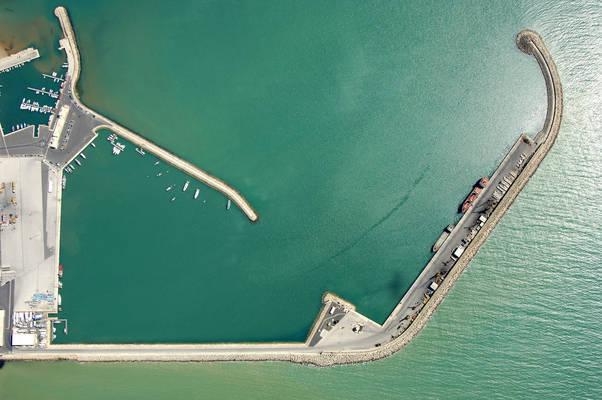 Pozzallo Porto Commerciale Marina
