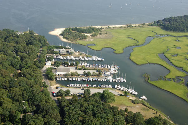 New Suffolk Shipyard & Cutchogue Harbor Marina