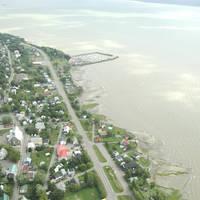 Neuville Harbor