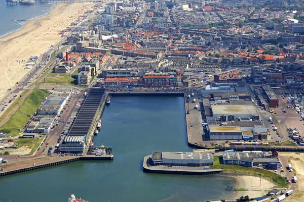 Den Haag Outer Harbour