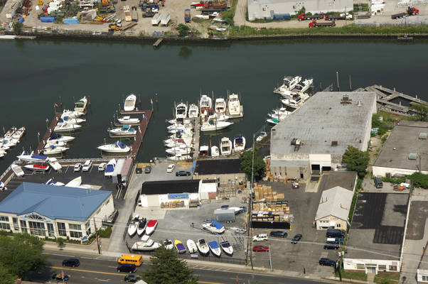 Baldwin Harbor Yacht Club