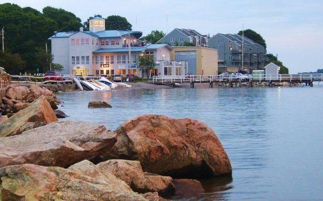 Safe Harbor Sunset Bay