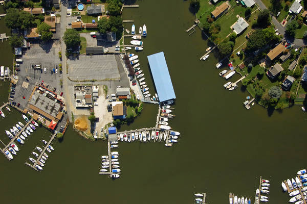Anchor Bay Marina & Boat Supplies