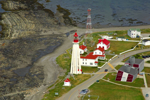 Point Au Pere Lighthouse