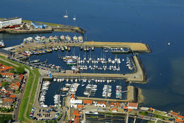 Prinses Beatrixhaven Harbour