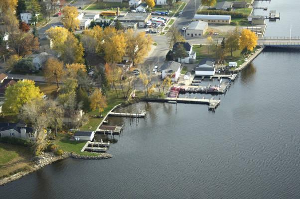 Wolf River House Resort