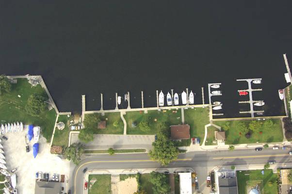 Pentwater Municipal Marina