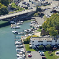 Boat House Pub and Marina