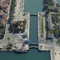 Saint Louis Du Rhone Lock