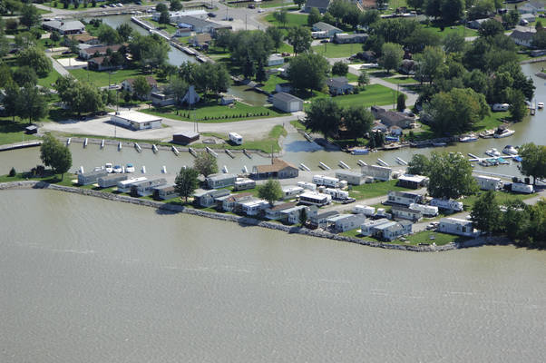 Nugent's Canal Yacht Club