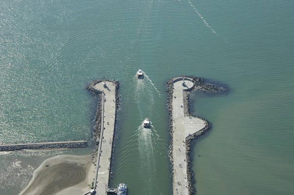 Aigues-Mortes Canal