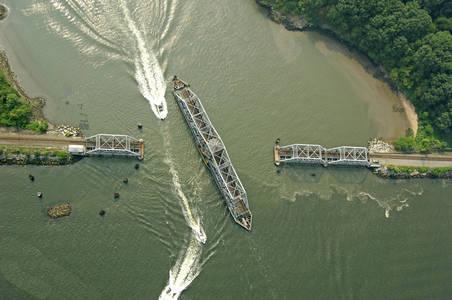 Harlem River West Inlet