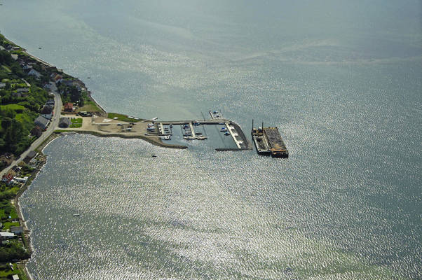 Knebelbro Jolle- og Bådehavn