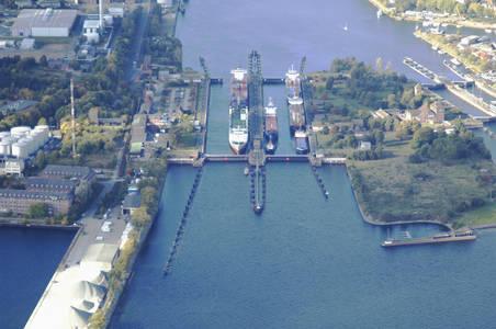 Holtenau New Lock