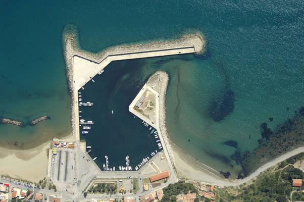 Marina Del Casal Velino Marina
