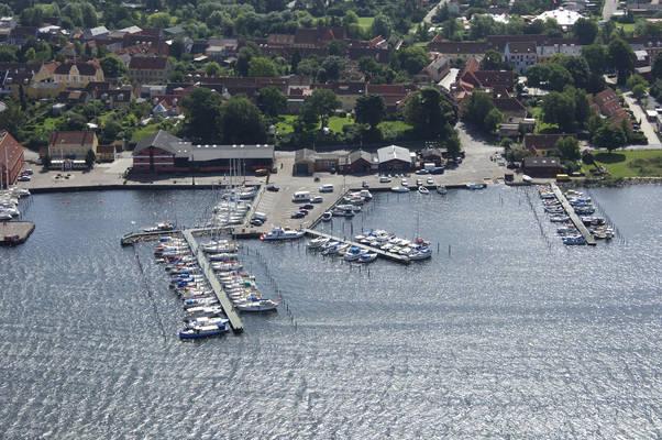 Badevaerft Marina