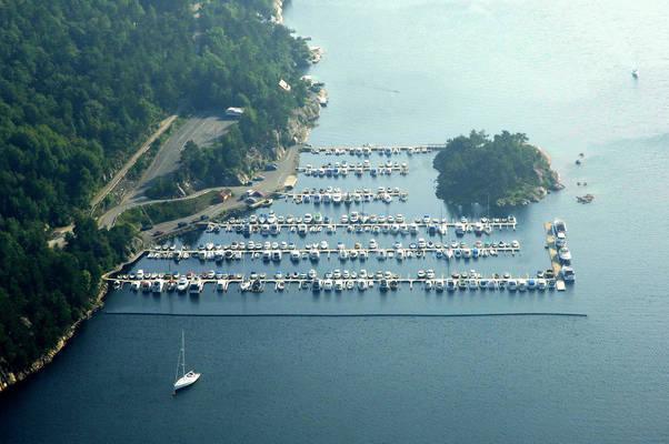Østre Niglus Yacht Harbour